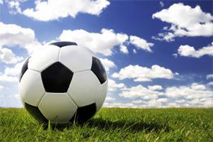 obr: Dubnica N. Váhom - FC Baník HN st.žiaci B 2:0 (1:0)
