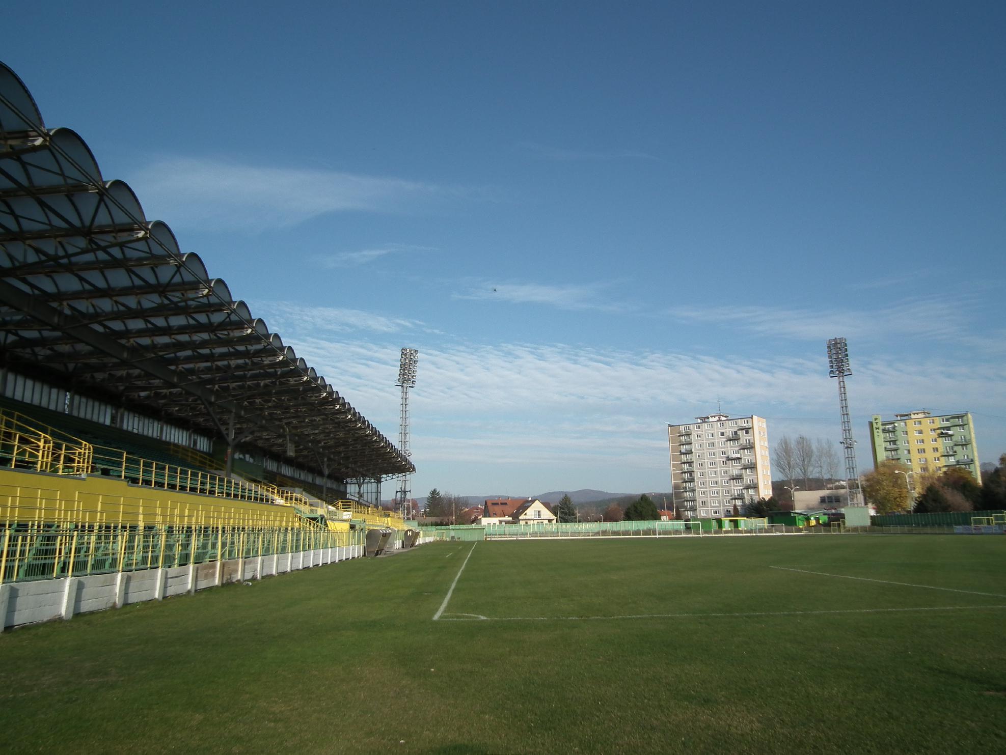 obr: Vláda chce modernizovať aj prievidzský štadión