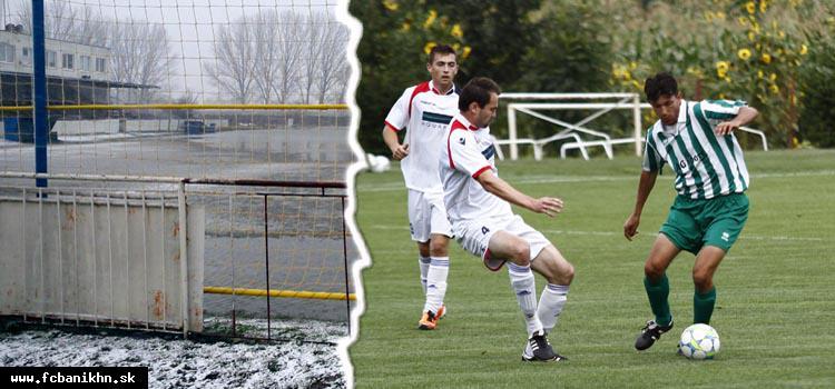 obr: Futbal sa konečne vracia na štadióny v regióne, v niektorých súťažiach je ale opäť odložené celé kolo