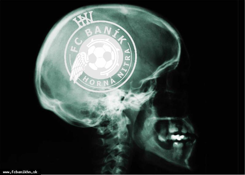 obr: MARTIN MARKO PRVÝM OFICIÁLNYM FANÚŠIKOM FC BANÍK HORNÁ NITRA!!!