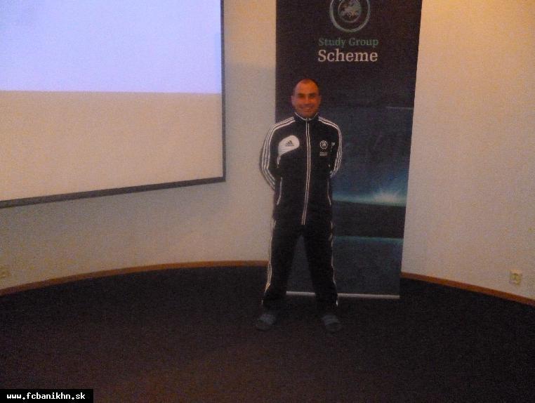 obr: ŠÉFTRÉNER ŽIAKOV A PRÍPRAVIEK FC BANÍK HORNÁ NITRA NAUEFA STUDY GROUP SCHEME  NÓRSKO