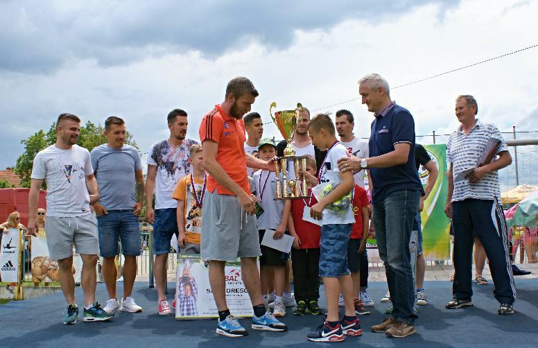 futbalovy-den-banikov-4.jpg