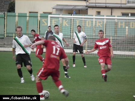 obr: FC Baník Horná Nitra prehral s AS Trenčín 0:1
