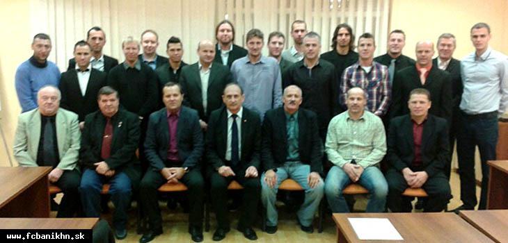 obr: Medzi absolventmi trénerského kurzu UEFA B licencie aj trio našich koučov