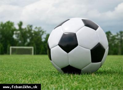 obr: MFK Topvar Topoľčany : FC Baník HN st.žiaci B 1:3